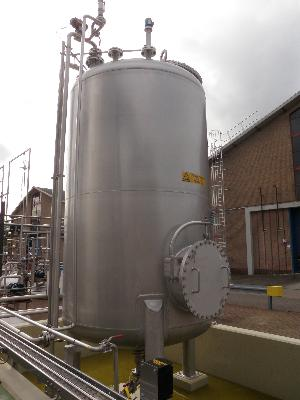 Unused 6700 Litre vertically Mounted Stainless Steel Storage tank
