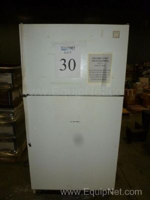 Lot of 2 Refrigerators