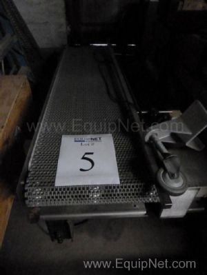 Stainless Steel Incline Belt Conveyor with Plastic Belt
