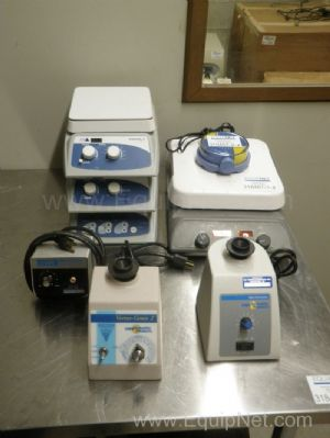 Lot of 8 Lab Mixers and Stir Plates