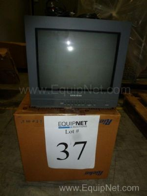 Samsung CCTV SML150FN 14'' Screen with Cords