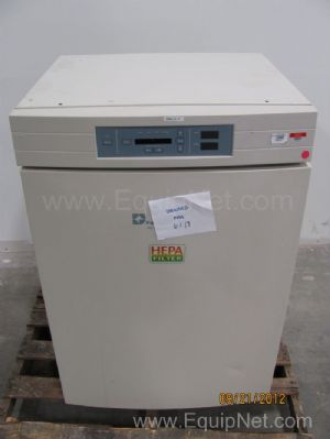Forma CO2 Jacketed Incubator
