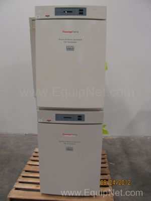 Thermo Forma Series II Double Stacked Water Jacketed CO2 Incubator