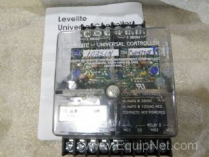 Lot of 3 Levelite GLL102S1N10 Conductivity Probe Universal Controllers