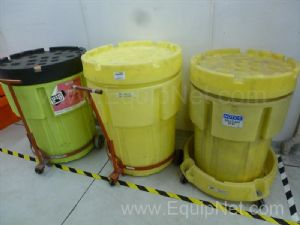 Pig Spill Control Kit And Ultra Tech Containment Bins