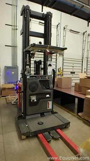 Used Lifts | Buy & Sell | EquipNet