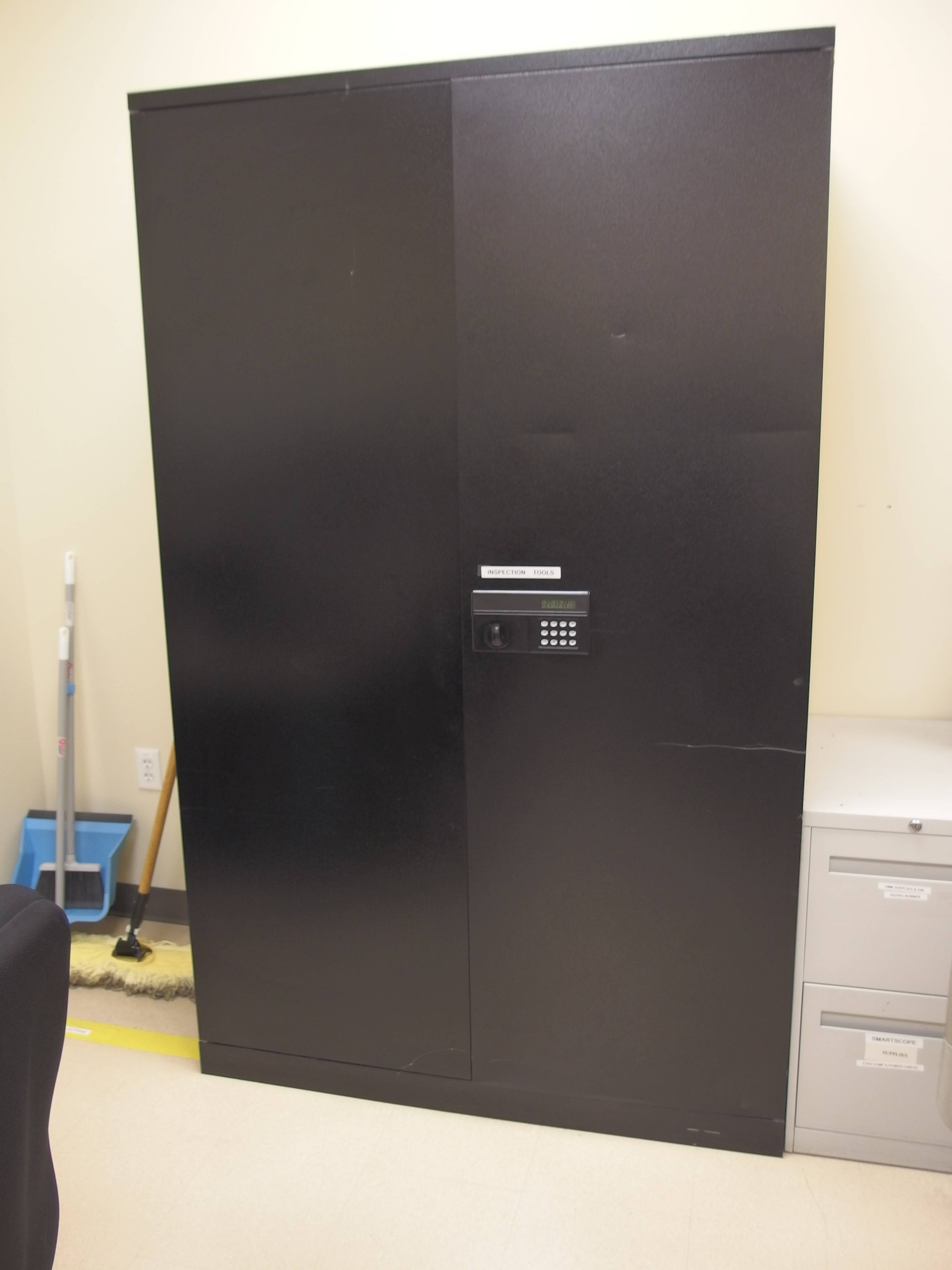 Strong Hold Cabinets Used Storage Cabinets Buy Sell Equipnet