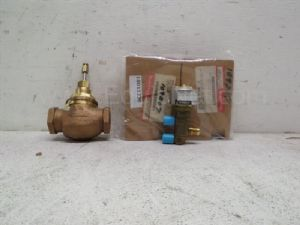 Lot of 4 Honeywell various model 2-way water Valve and 3-way Pneumatic Unitary Valve