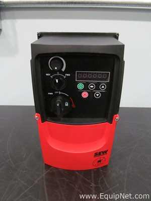 Unused SEW Eurodrive MCLTEB0004101140 0.5 HP Variable Frequency Drive