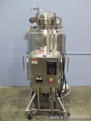 PS 250 Liter Dimple Jacketed Stainless Steel Tank With Bottom Agitation And Control Panel