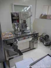 Unused Huiyang Machinery ZJTIII Semiautomatic Capsule Filler