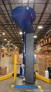 Lantech S300 Boom Pallet Wrapper with Safety Barrier