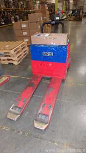 Raymond 8400 Stand Up Electric Pallet Jack