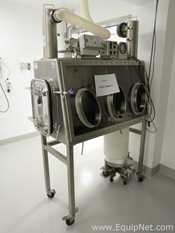 La Calhene Glove Stainless Steel Glovebox With CIP System And Waste Disposal Unit