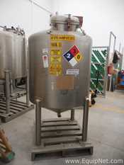Stainless Steel Vertical 1000 L Tank