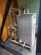 Stainless Steel Vertical 70 L Rectangular Tank with Pneumatic Diaphragm Pump on Stand