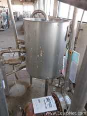 Stainless Steel Vertical 250 L Tank